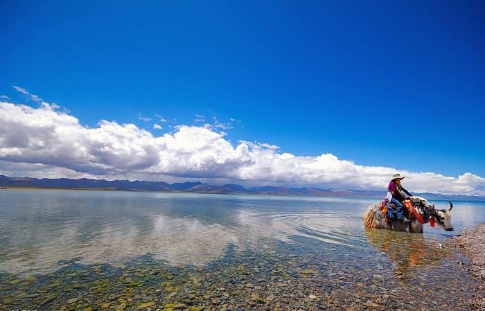 Hồ Nước Mặn Cao Nhất Thế Giới